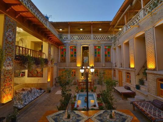 اجاره خانه سنتی در شیراز