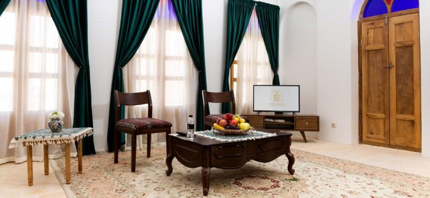 اجاره اتاق سنتی زیبا در یزد