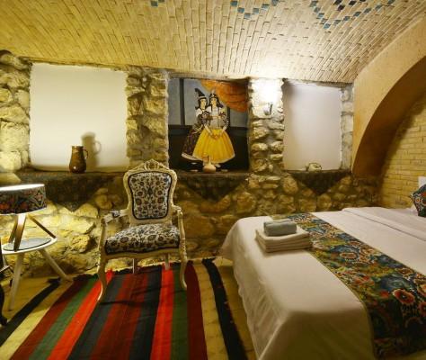 اجاره اقامتگاه سنتی در شیراز