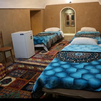 اقامتگاه بومگردی زیبا در عقدا یزد