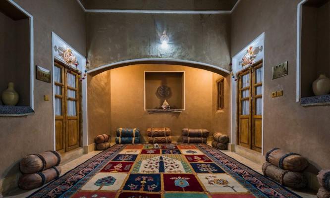 اجاره اقامتگاه سنتی در عقدا یزد