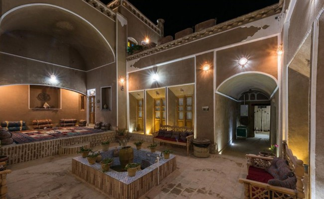 اجاره اتاق سنتی در عقدا یزد